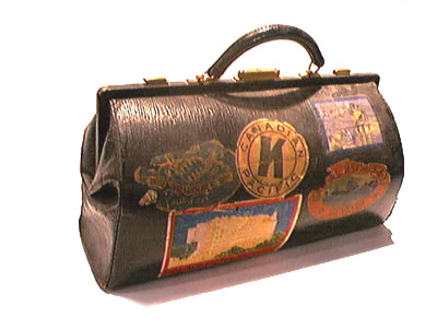 Antique Vintage Luggage Suitcases Trunks For Rent